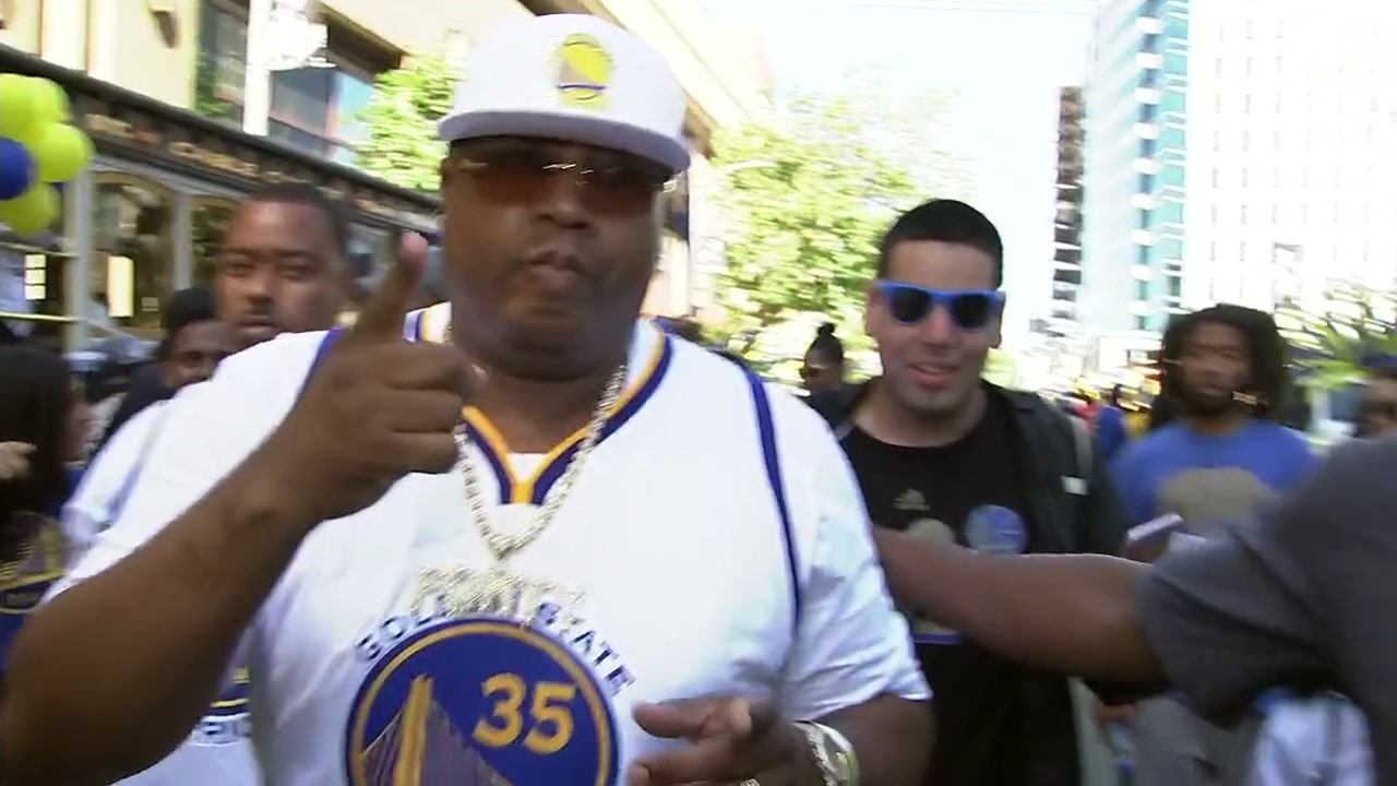 VIDEO: E-40 celebrates Warriors win in streets of Oakland with fans