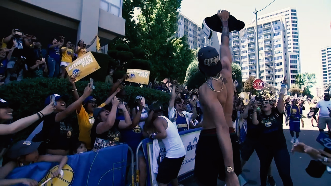 "<div class=""meta image-caption""><div class=""origin-logo origin-image none""><span>none</span></div><span class=""caption-text"">Javale McGee greets fans during the Warriors parade in Oakland on Tuesday, June 12, 2018. (KGO-TV)</span></div>"