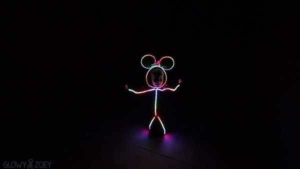 """<div class=""""meta image-caption""""><div class=""""origin-logo origin-image """"><span></span></div><span class=""""caption-text"""">Outdoing last year's viral costume, Zoey's dad incorporated Minnie Mouse and voice-activated special effects. (Photo/YouTube, Visual Burrito)</span></div>"""