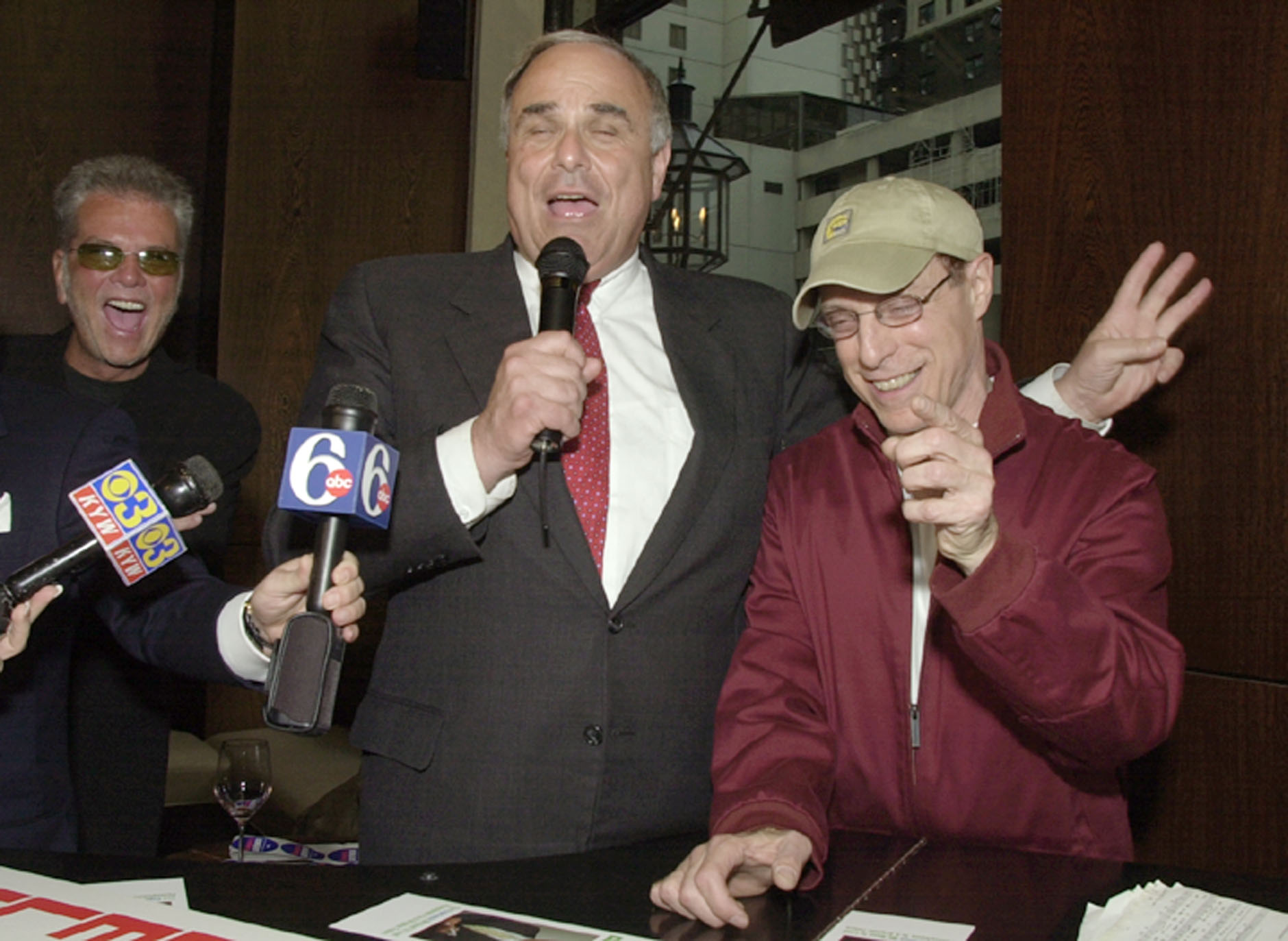 "<div class=""meta image-caption""><div class=""origin-logo origin-image ap""><span>AP</span></div><span class=""caption-text"">Ed Rendell with radio personality Jerry Blavat during a campaign stop while running for Governor in 2002 (AP Photo/Chris Gardner) (ASSOCIATED PRESS)</span></div>"