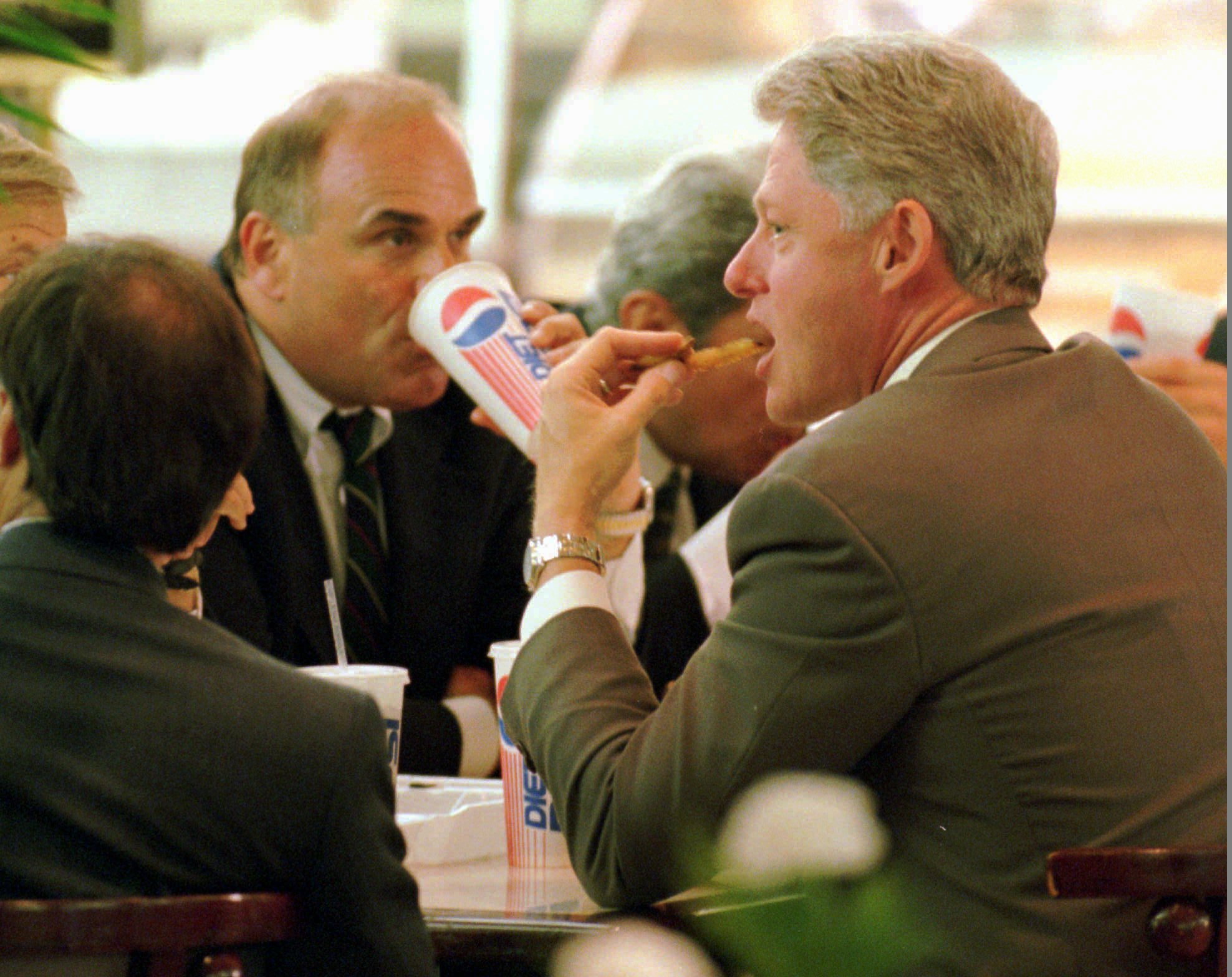 "<div class=""meta image-caption""><div class=""origin-logo origin-image ap""><span>AP</span></div><span class=""caption-text"">President Clinton and Mayor Ed Rendell at the foodcourt of the Shops at Liberty Place Monday in 1995. (AP Photo/J. Scott Applewhite) (ASSOCIATED PRESS)</span></div>"