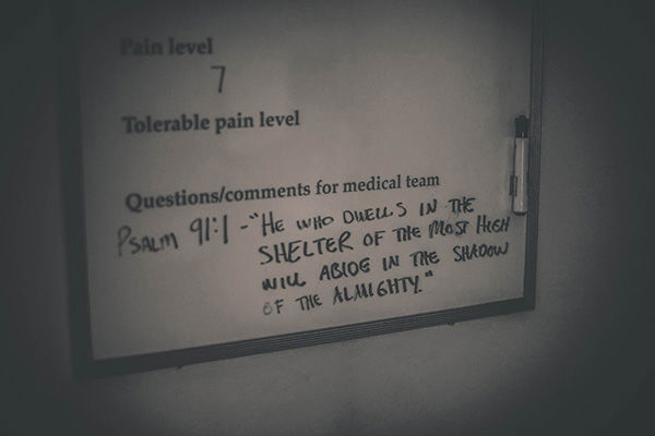 """<div class=""""meta image-caption""""><div class=""""origin-logo origin-image """"><span></span></div><span class=""""caption-text"""">A psalm written on a hospital whiteboard the day Lindsey gave birth. (Justice Family)</span></div>"""