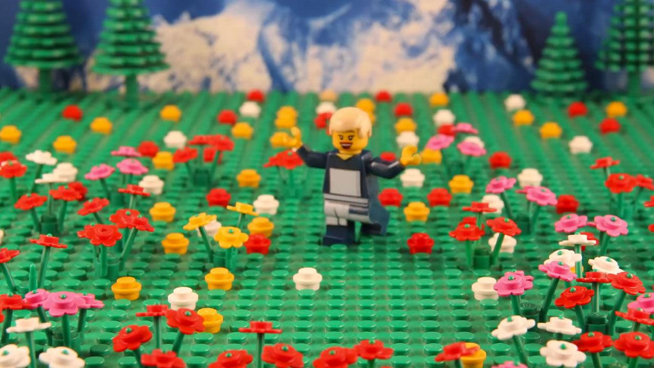 15 Year Old Rebuilds Classic Movie Scenes In Lego Block Form Abc13com