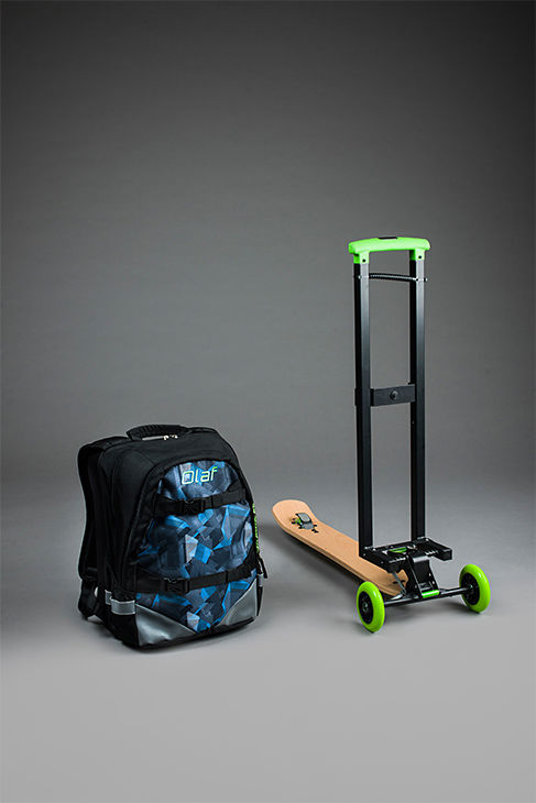 "<div class=""meta image-caption""><div class=""origin-logo origin-image ""><span></span></div><span class=""caption-text"">This new product combines a backpack and a scooter. Olaf Scooters proposes to make two models: the OLAF Urban and the OLAF Business, both with different configurations. (Photo/Olaf Scooter)</span></div>"