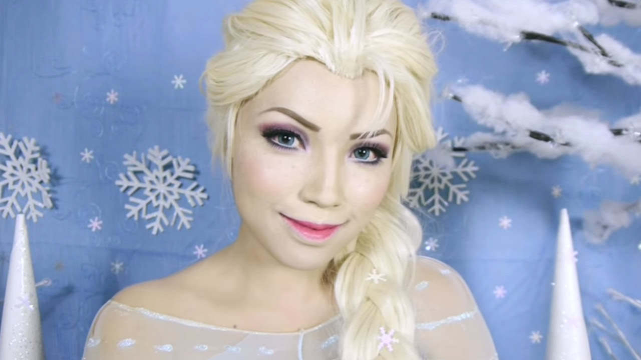 Video Tutorials Makeup Artist Offers Step By Step Lessons That Can Turn Anyone Into A Disney Princess Abc7 New York