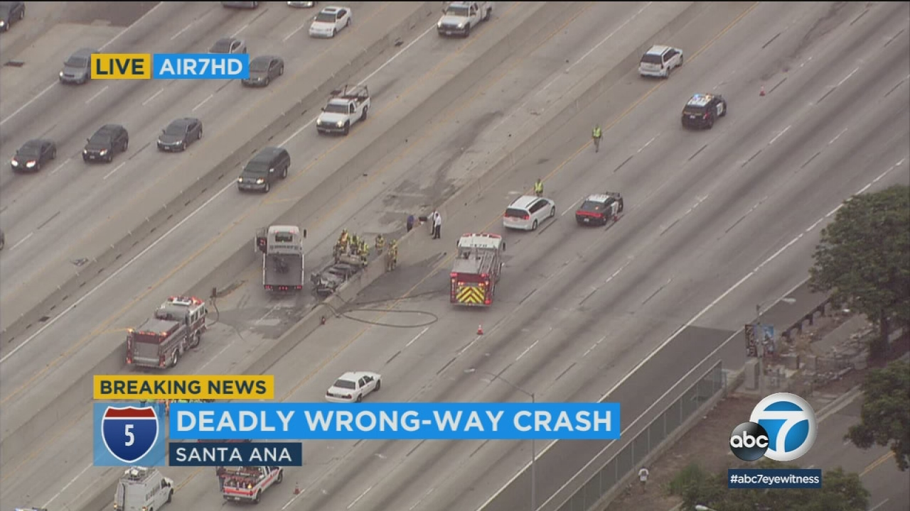 2 killed in fiery crash involving wrong-way driver in Santa Ana