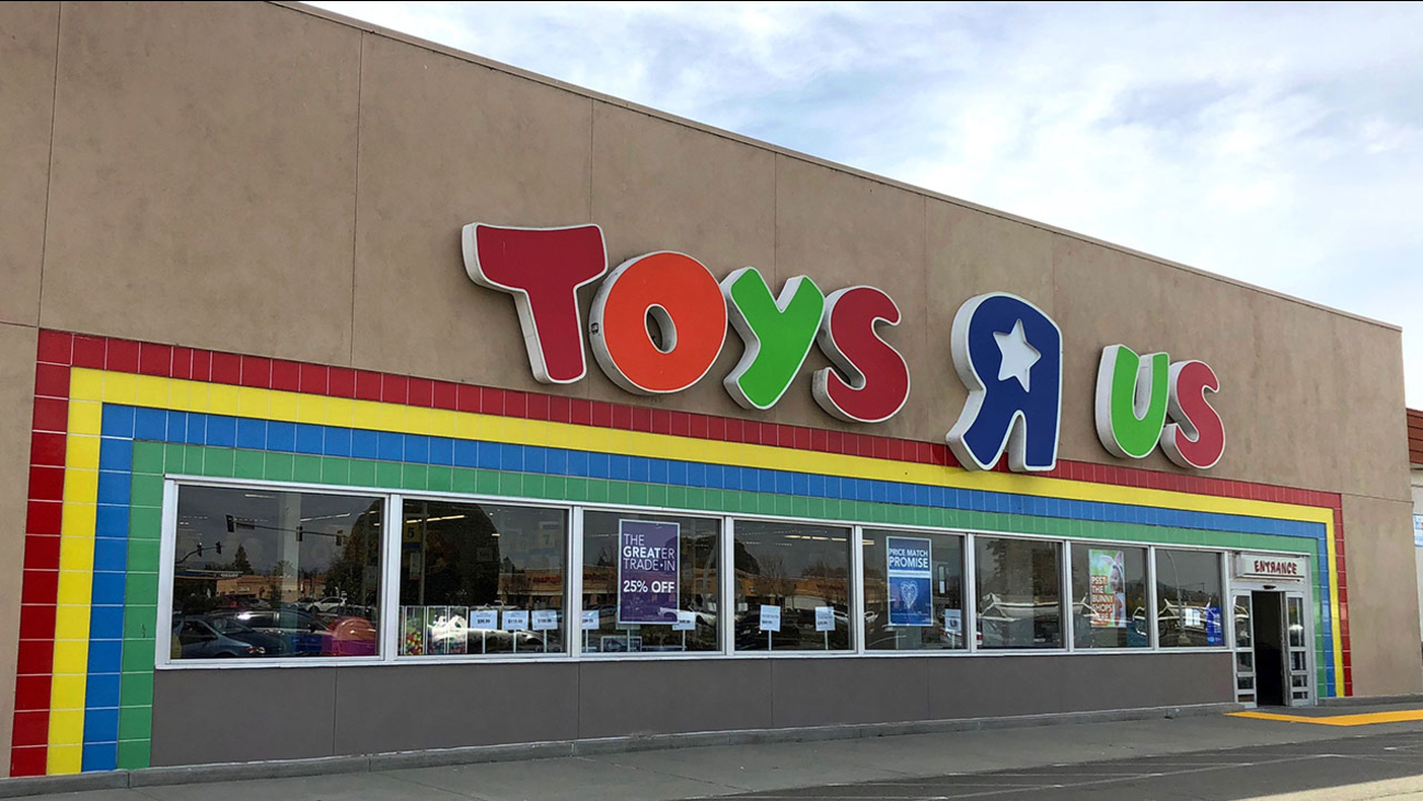 Toys R Us Returns New Owners Looking To Bring Back Stores 6abc Com