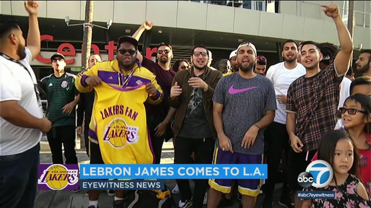 e66db69faf3 LeBron James Lakers jerseys flying off shelves | abc7.com