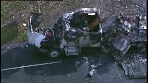 PHOTOS: Merritt Parkway tractor-trailer crash | abc7ny com