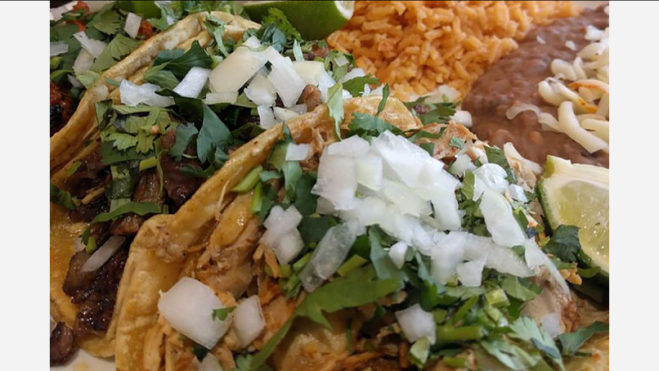 South Of The Border Cuisine Check Out Chicago S 5 Newest Mexican Restaurants Abc7chicago