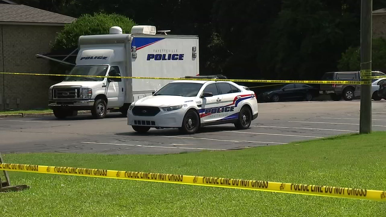 Suspect shot by Fayetteville officer dies of injuries