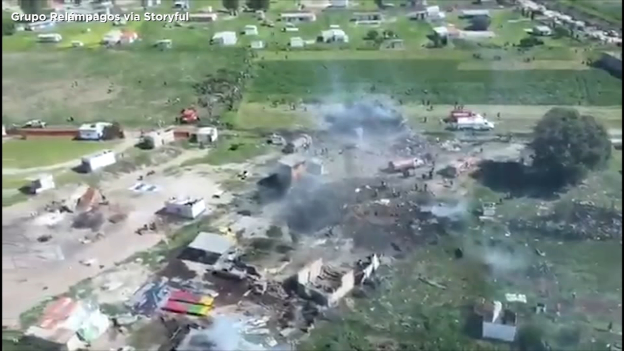 Fireworks explosions near Mexico City killed 19 people and dozens injured 77
