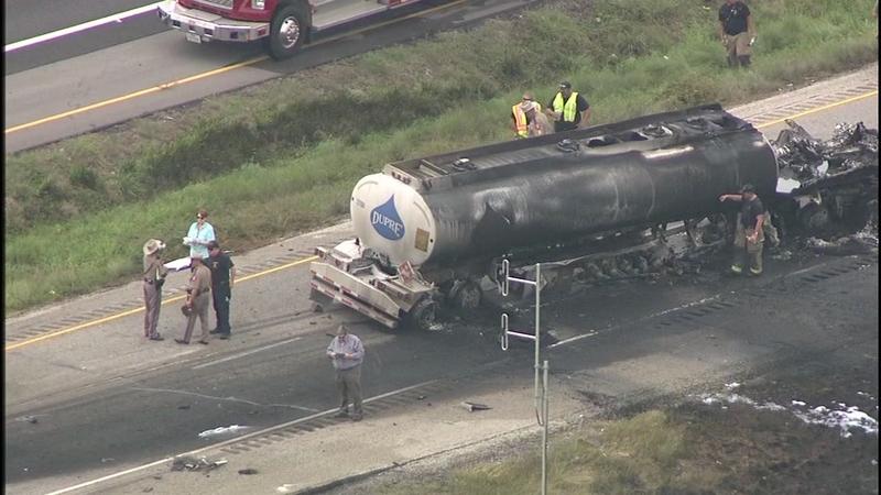 Tanker fire shuts down US-59 in Wharton County