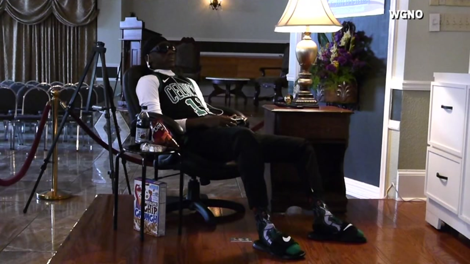 58708dabc258 New Orleans family chooses unusual way to remember dead man at his wake