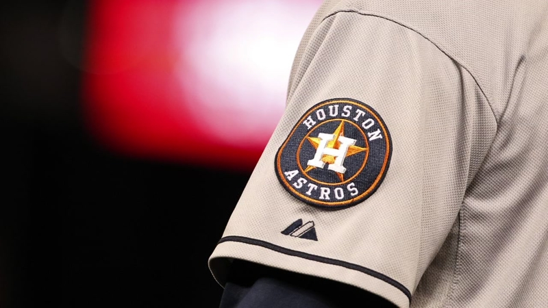 on sale 0ceae 8090d Astros players visit youth academy