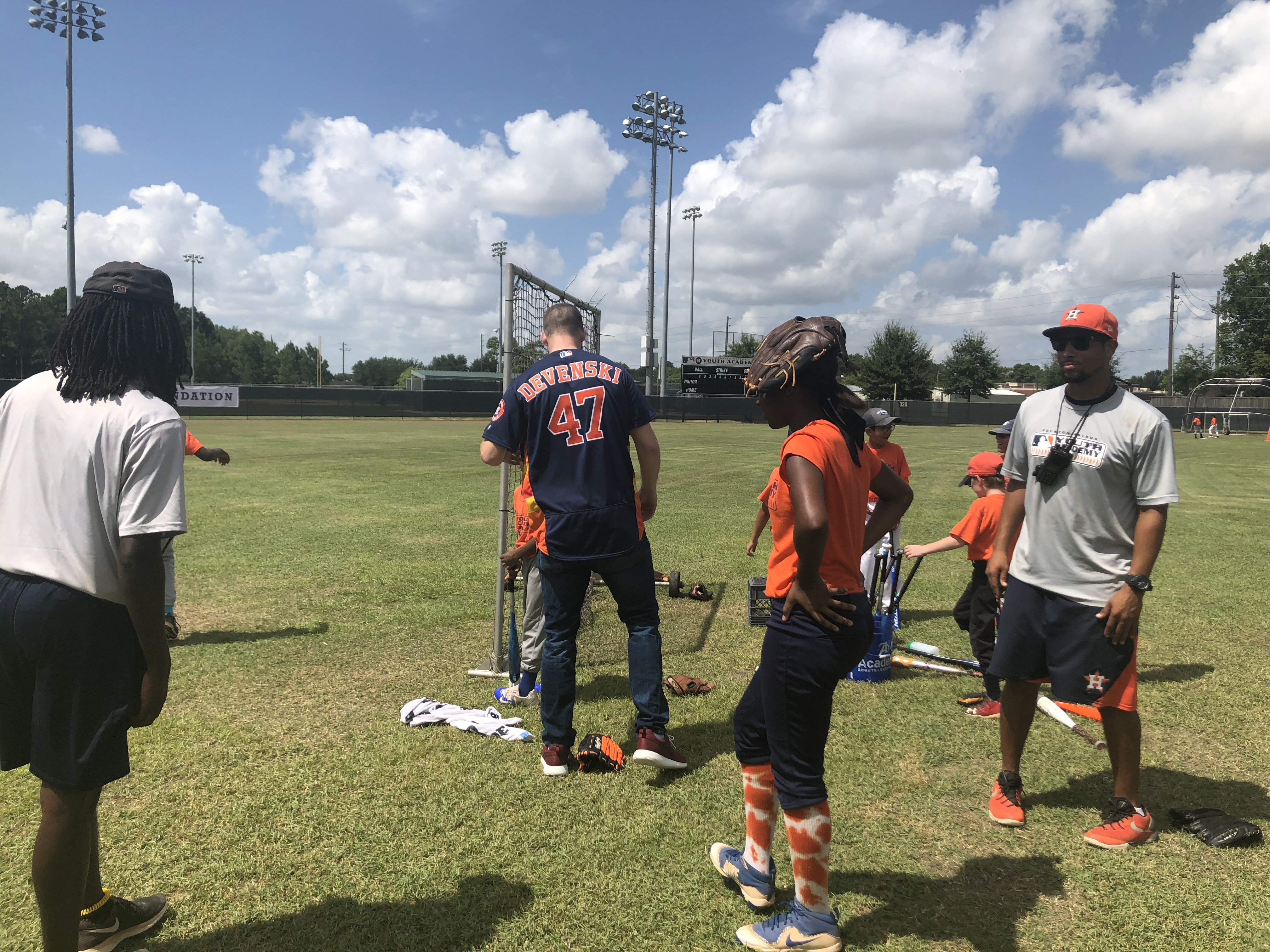 buy popular 480d4 efbdc Astros players visit youth academy, participate in drills ...