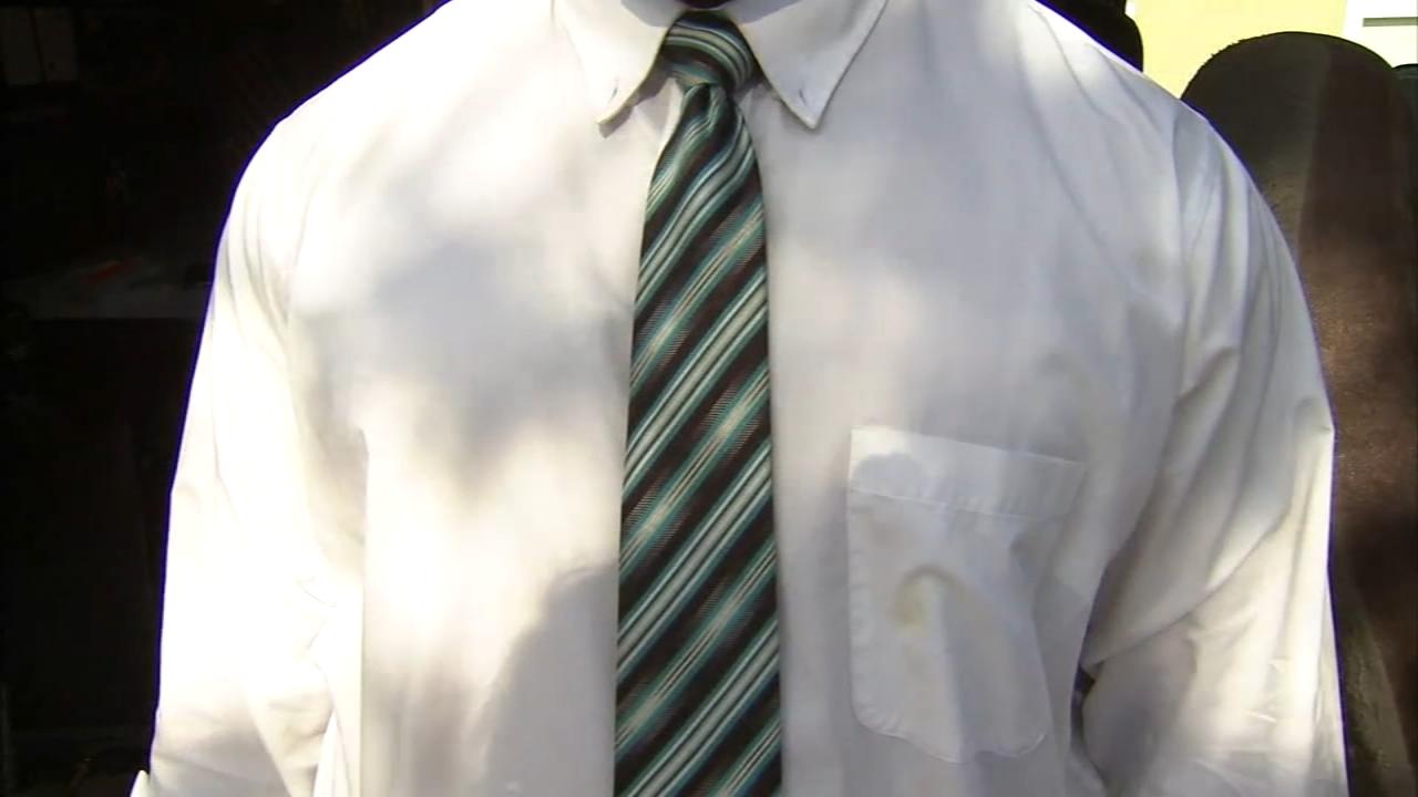 Lancaster mayor wants to forbid neckties