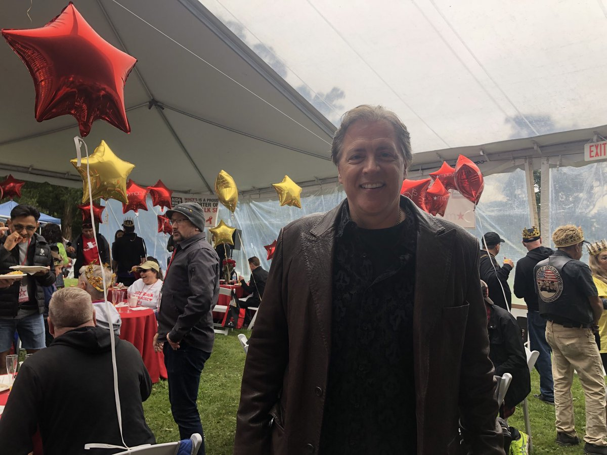 "<div class=""meta image-caption""><div class=""origin-logo origin-image none""><span>none</span></div><span class=""caption-text"">ABC7 News Anchor Dan Ashley attends the 2018 AIDS Walk in San Francisco's Golden Gate Park on Sunday, July 15, 2018. (KGO-TV)</span></div>"