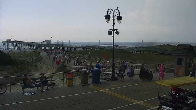 VIDEO: Time lapse shows beach goers escaping storms at the Jersey shore