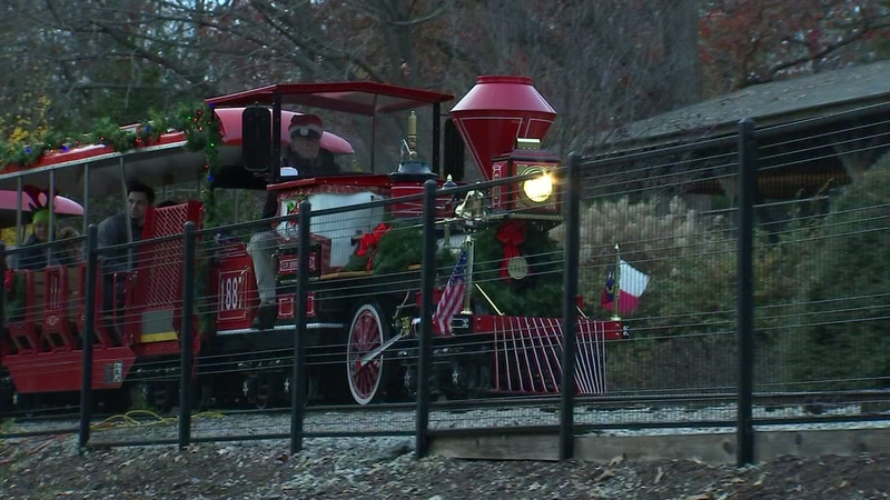 Pullen Park Christmas 2019.Sold Out Holiday Express Ride Sold Out For Pullen Park
