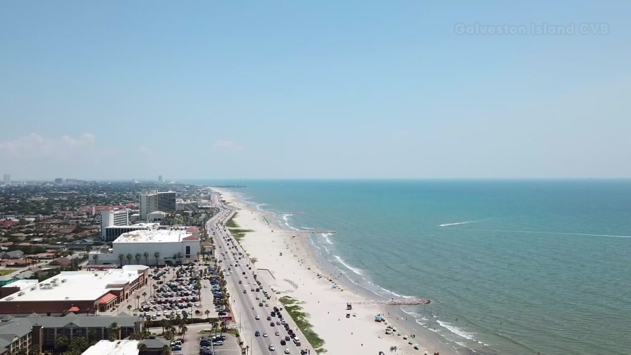 galveston s blue water is back just in time for some weekend fun