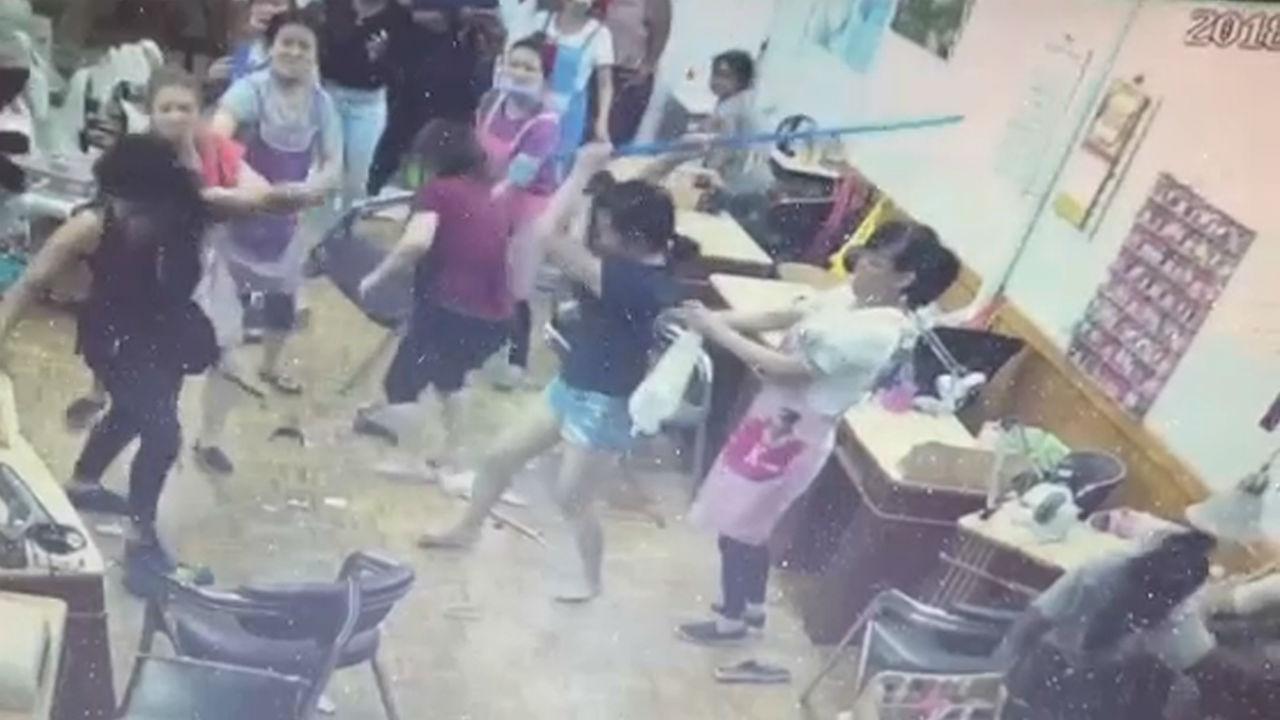 Wild fight breaks out in East Flatbush, Brooklyn, nail salon ...