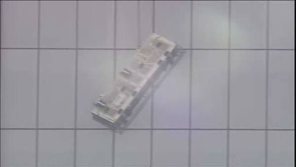 """<div class=""""meta image-caption""""><div class=""""origin-logo origin-image """"><span></span></div><span class=""""caption-text"""">Two workers became stuck on scaffolding hanging from One World Trade.</span></div>"""