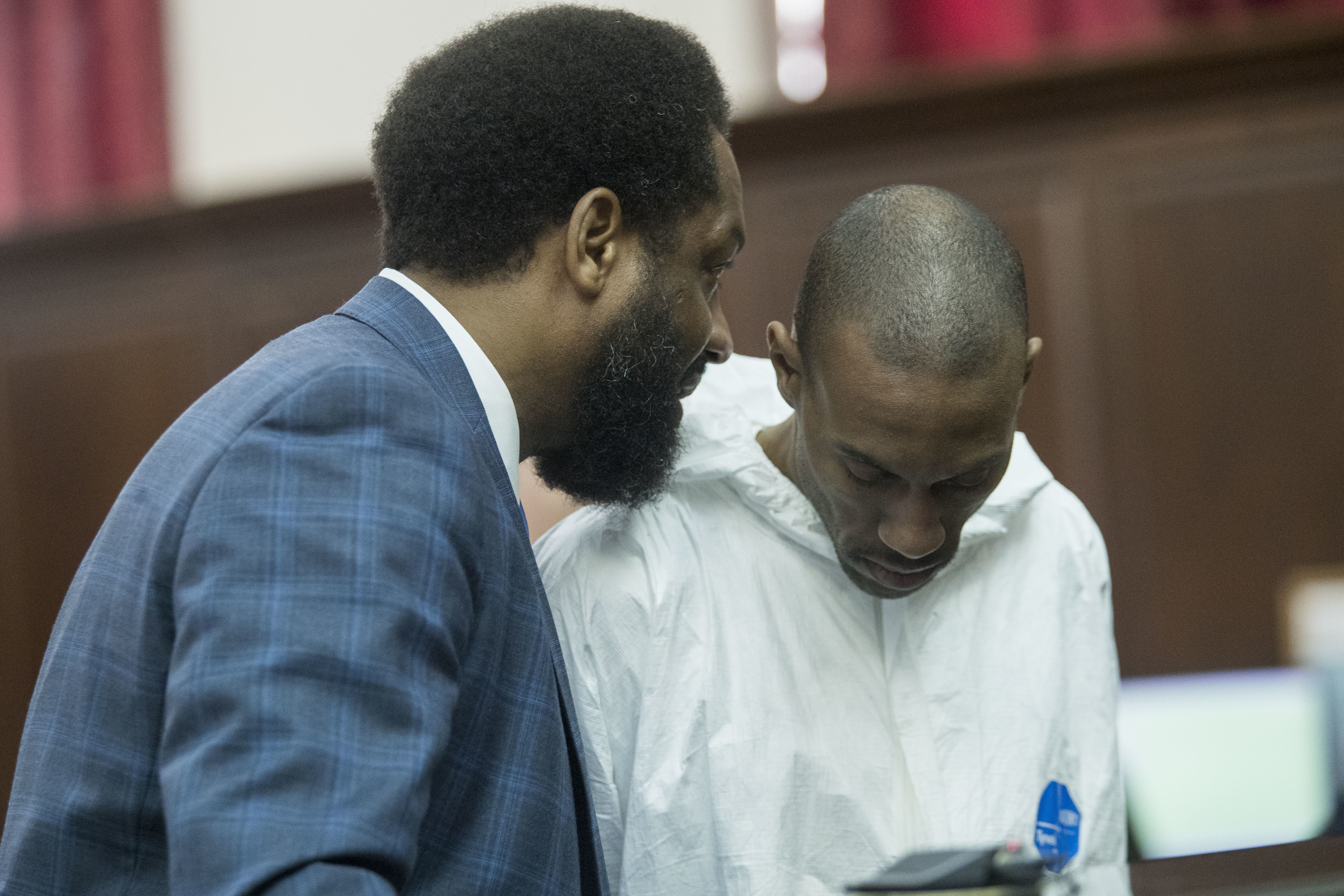 "<div class=""meta image-caption""><div class=""origin-logo origin-image ap""><span>AP</span></div><span class=""caption-text"">Attorney Norman Williams, left, speaks to James Currie during his arraignment in Manhattan criminal court, Friday, Aug. 10, 2018, in New York. (AP Photo/Mary Altaffer)</span></div>"
