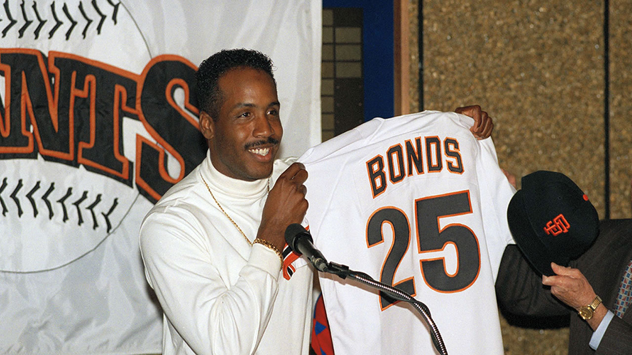 64d8c7c58 The Giants are retiring his number