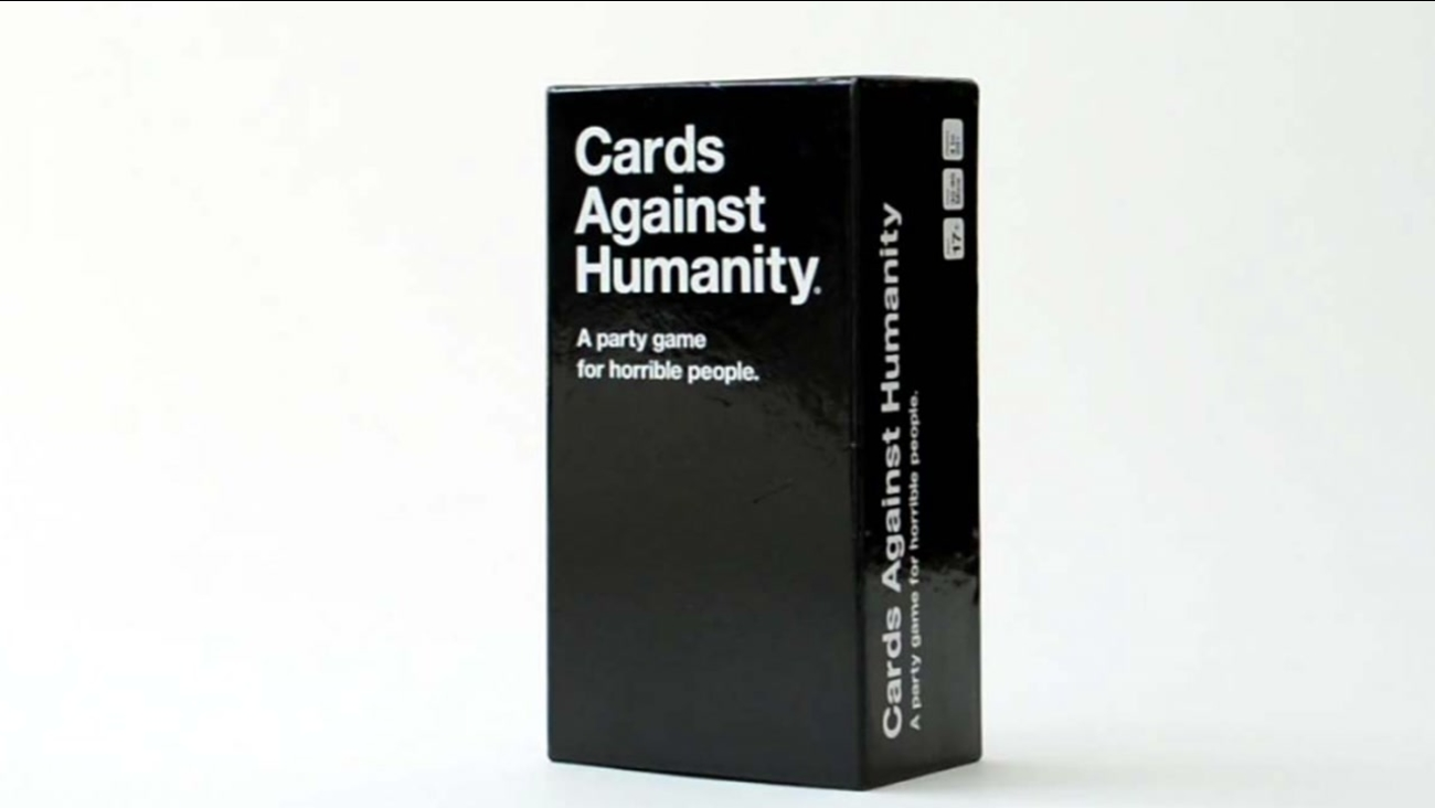 Cards Against Humanity Hiring Card Writers For 40 An Hour Abc11