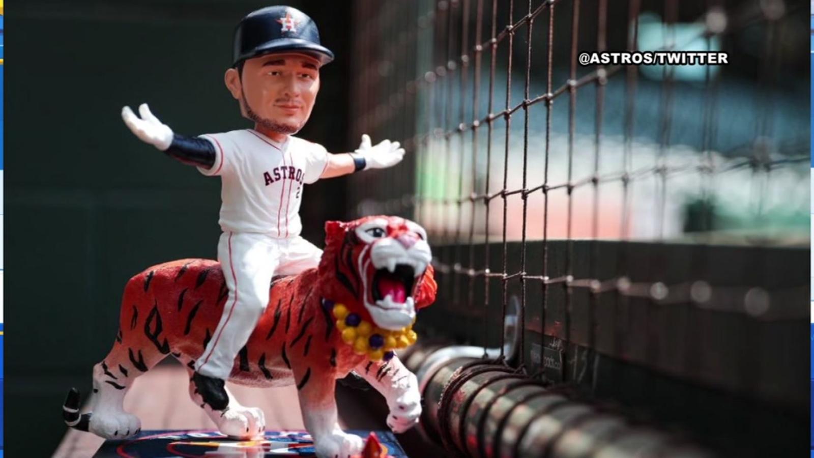 Alex Bregman bobblehead sale draws Astros fans a day early