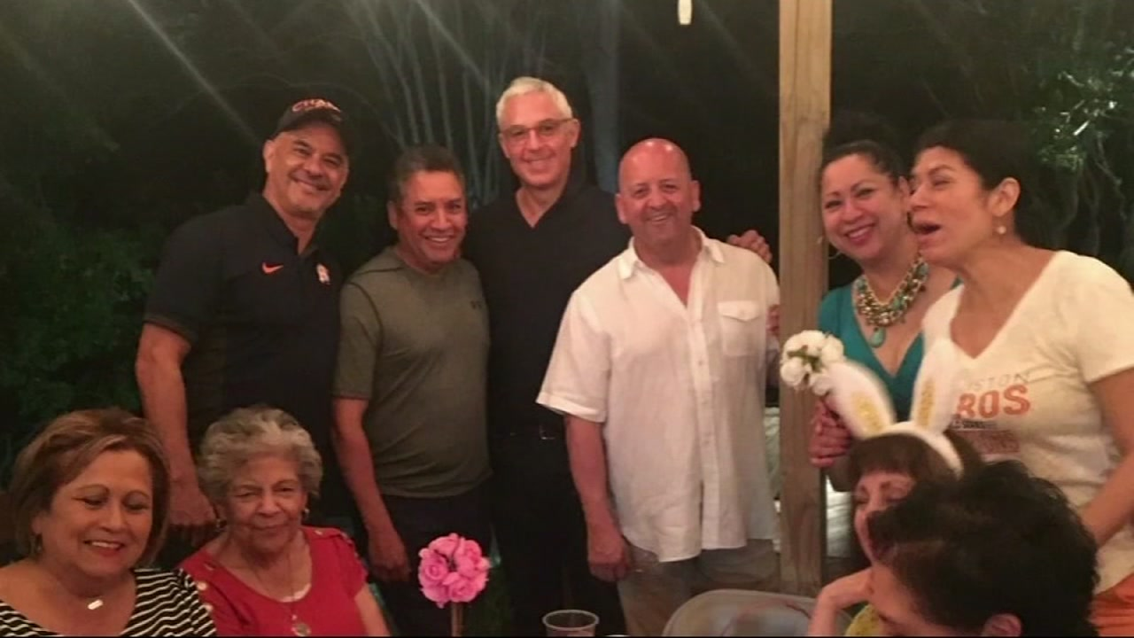 Jerry Flores, injured Houston police officer, honored with ...