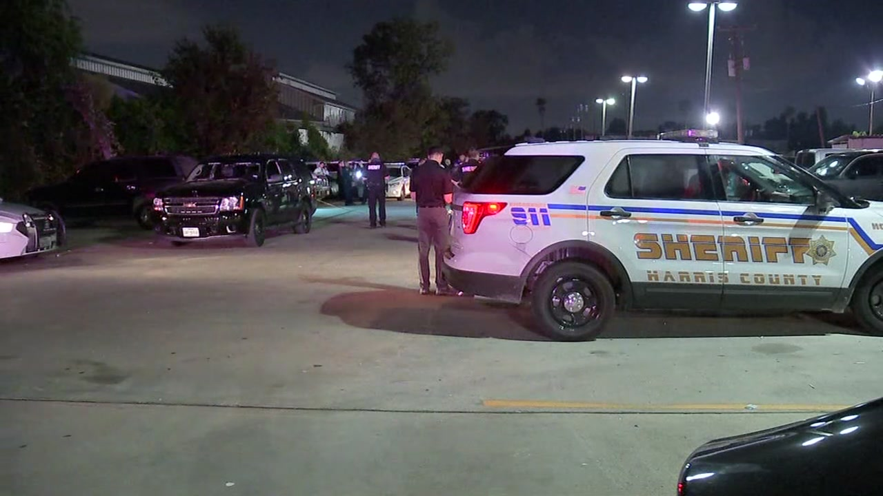 Image result for Deputy working security shoots, kills armed man outside flea market in north Harris County