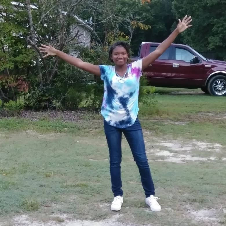 "<div class=""meta image-caption""><div class=""origin-logo origin-image none""><span>none</span></div><span class=""caption-text"">First day of 10th grade! (Cherita Smith)</span></div>"