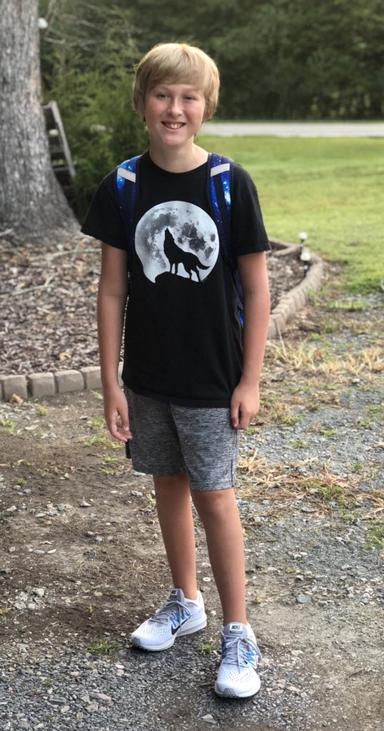 "<div class=""meta image-caption""><div class=""origin-logo origin-image none""><span>none</span></div><span class=""caption-text"">First day of 6th grade! (@Hideysmom / Twitter)</span></div>"