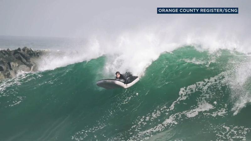 Watch Surfer Rides Air Mattress In California Upi Com