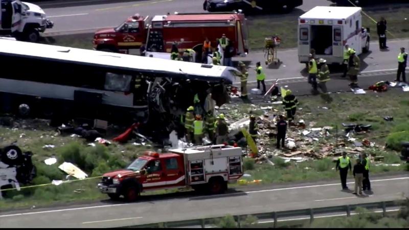 New Mexico Greyhound crash: 8 killed, 3 kids among dozens injured