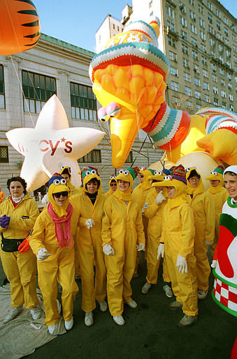 <div class='meta'><div class='origin-logo' data-origin='none'></div><span class='caption-text' data-credit=''>Handlers of Sesame Street's Big Bird get the balloon in position for the start of the annual Macy's Thanksgiving Day Parade in New York City, Thursday, Nov. 24, 1988.</span></div>