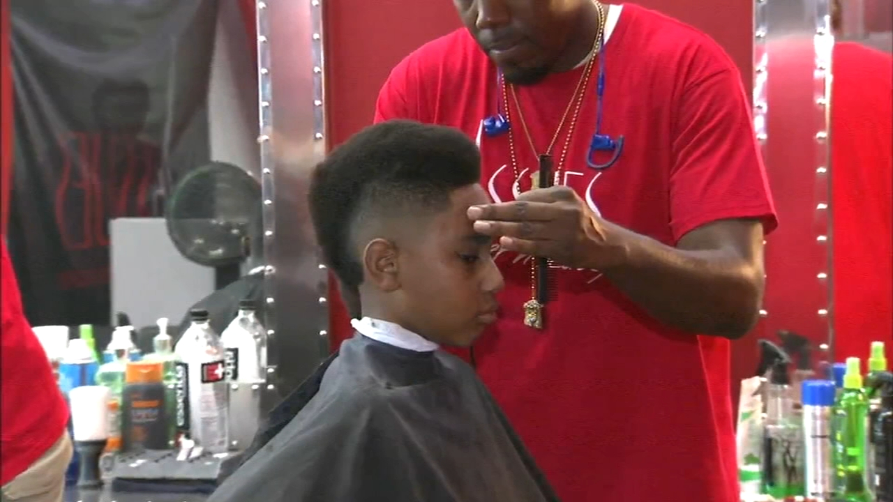 Annual Back 2 School Event Gives Students New Hairstyles Supplies