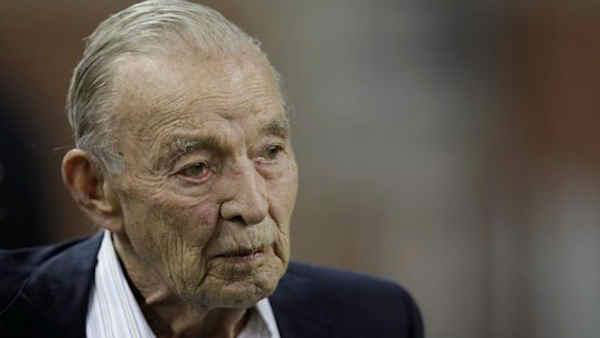 "<div class=""meta image-caption""><div class=""origin-logo origin-image ""><span></span></div><span class=""caption-text"">William Clay Ford Sr., who helped steer Ford Motor Co. for more than 50 years and owned the NFL's Detroit Lions, died Mar. 9, 2014, at the age of 88.</span></div>"