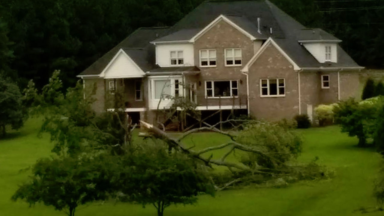 "<div class=""meta image-caption""><div class=""origin-logo origin-image wtvd""><span>WTVD</span></div><span class=""caption-text"">Storm damage and downed trees in Wake County during Hurricane Florence. (bl00iz)</span></div>"