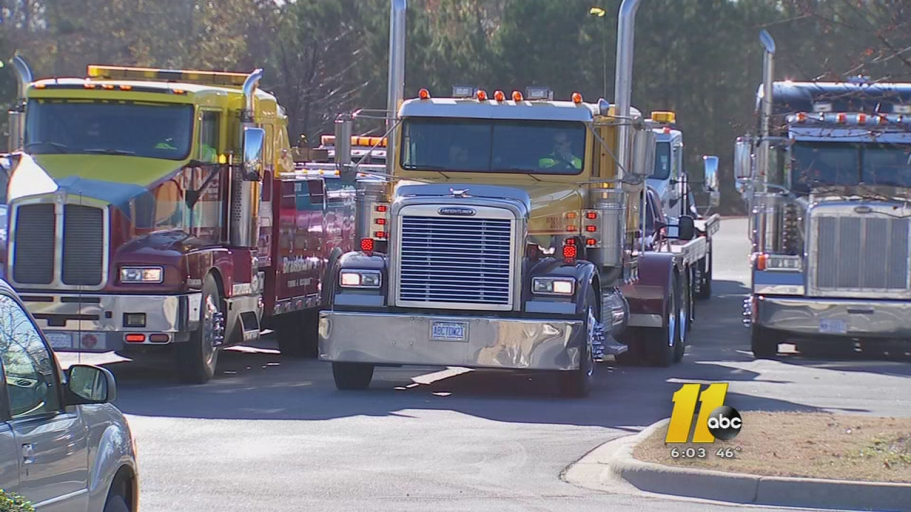 Tow Truck Drivers Gather To Say Goodbye To One Of Their Own In