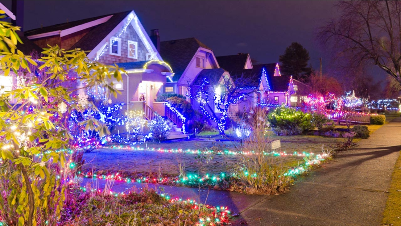 Is this the best Christmas lights display this year? | abc13.com