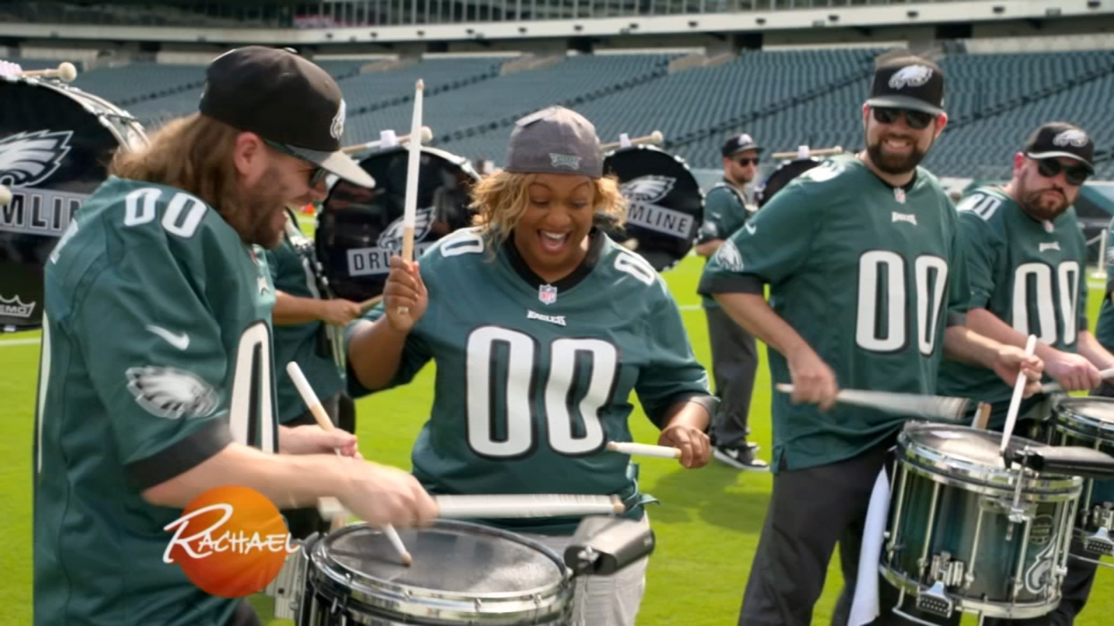 Celebrity chef Sunny Anderson joins Eagles Drumline on 'Rachael Ray' | 6abc.com