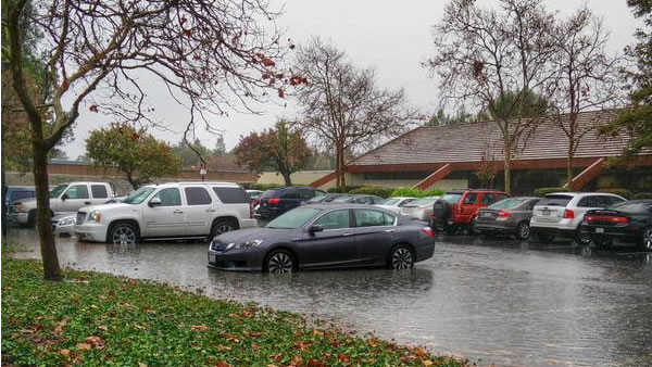 "<div class=""meta image-caption""><div class=""origin-logo origin-image ""><span></span></div><span class=""caption-text"">Parking lot flooded near Levi's Stadium in Santa Clara on Thursday, Dec. 11, 2014 (pidooma/Twitter)</span></div>"