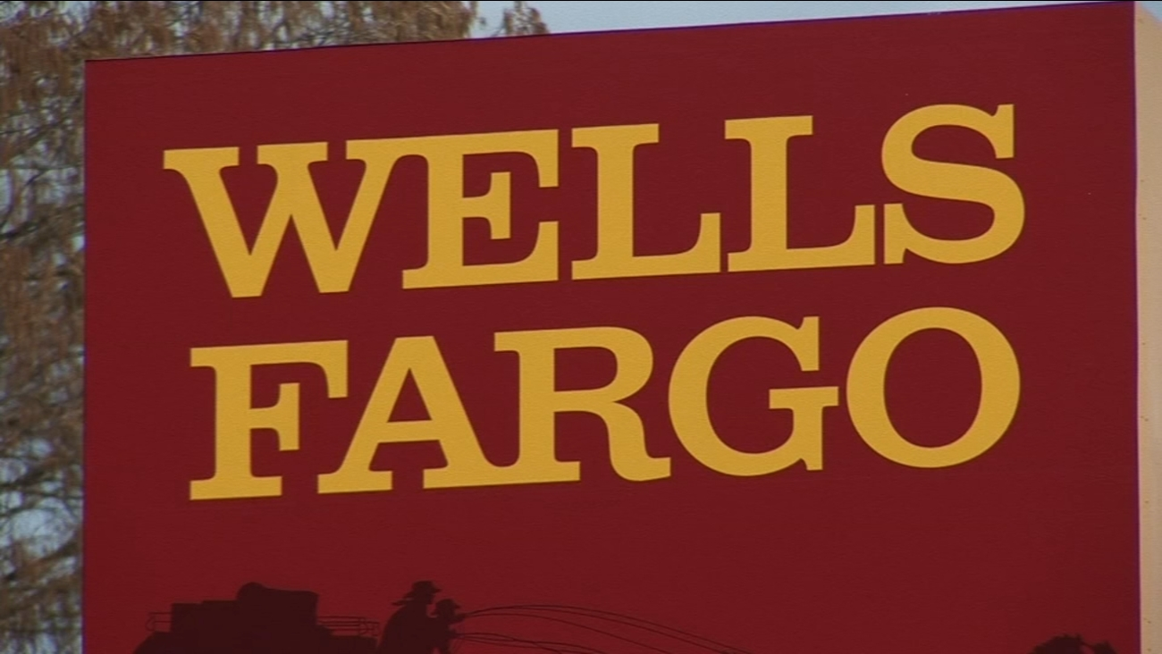wells fargo to lay off 26 000 employees