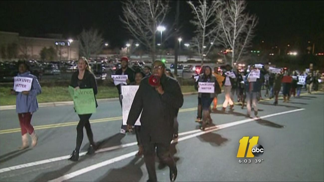 Protesters march through Streets at Southpoint