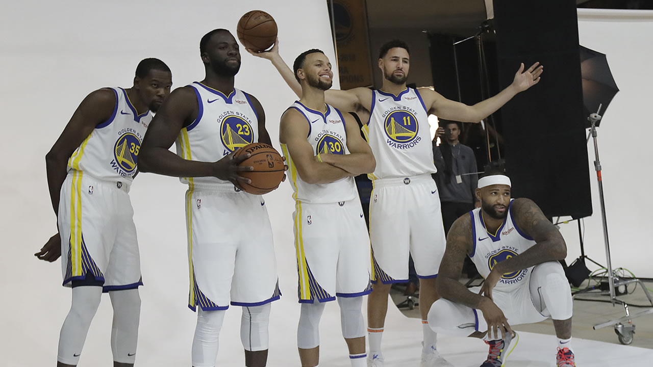 4330467_092418-kgo-ap-warriors-starting-