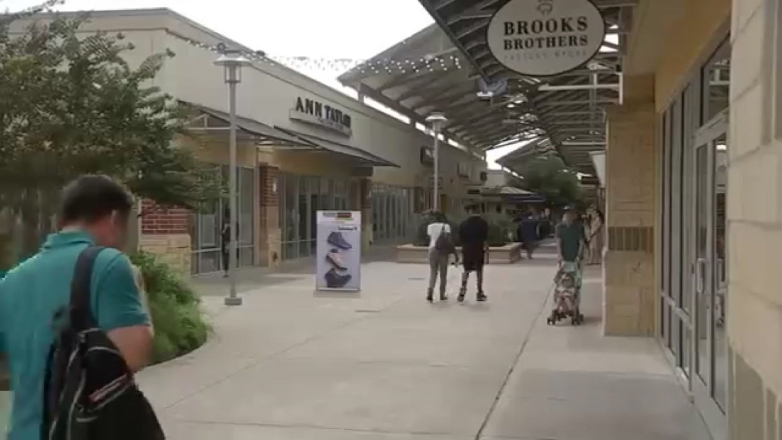 1ce16971a8a1 Houston Premium Outlets adds new stores for fall