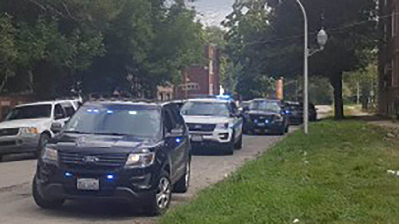 3 arrested, no injuries after shootout with off-duty Robbins cop in Englewood